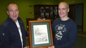 Tito recogiendo premio del Master CCB ganado con Biba de Buzuntza